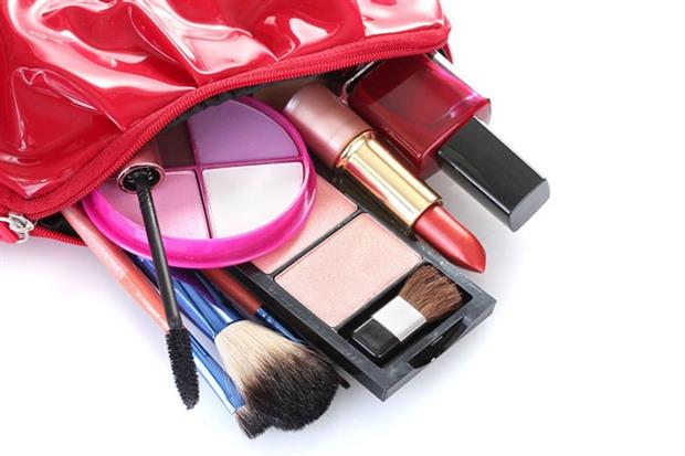 Nanomaterials are used in increasing numbers of cosmetic products (photograph: Belchonock/123RF)