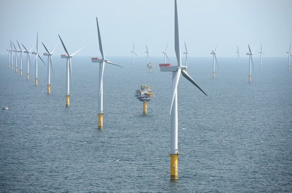 Despite a new emphasis on gas fired generation, heavy investment beyond 2020 in renewables, nuclear and CCS remains vital says CCC. Photograph: Statkraft