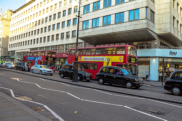 Busses contribute to the traffic on the Strand in London. Photograph: flik47/123RF