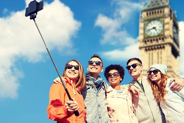 Teenagers in London. Photograph: Dolgachov/123RF