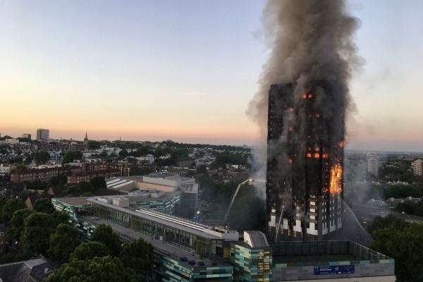 Grenfell Tower on fire, 14 June 2017
