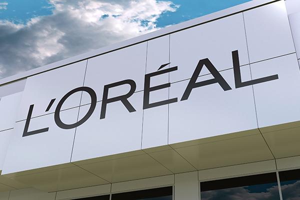 L'Oréal sign on building