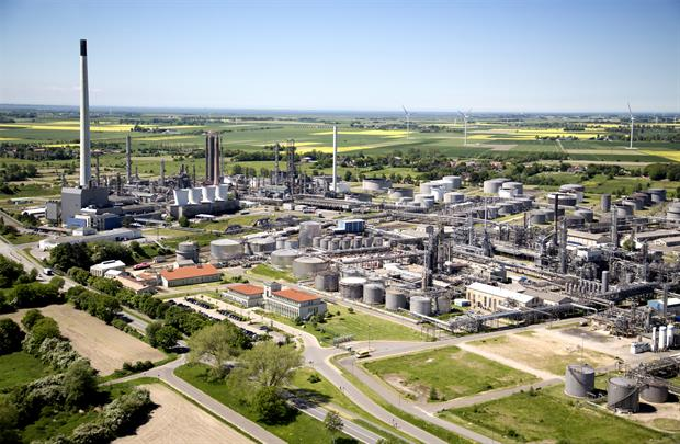 Heide's oil refinery in Hemmingstedt, northern Germany. The company is working with local wind power producers to set up a green hydrogen unit. Image: Heide