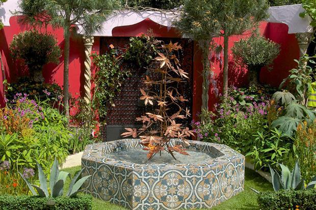 Kensington: roof garden display