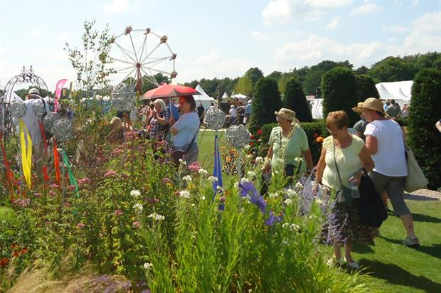 Show visitors:375,000 attended Tatton, Chelsea and Hampton Court