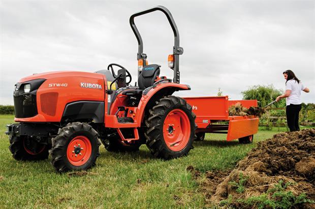 Kubota STW Series tractor - image: Kubota UK