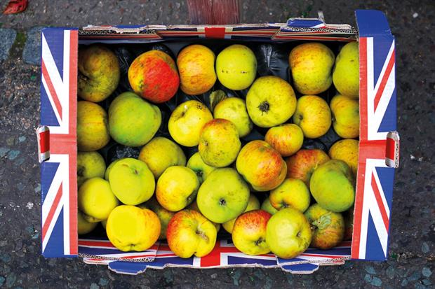 Shop worn: customer complaints have risen owing to increasingly poor displays of fruit in British shops  - image: Jaypeg