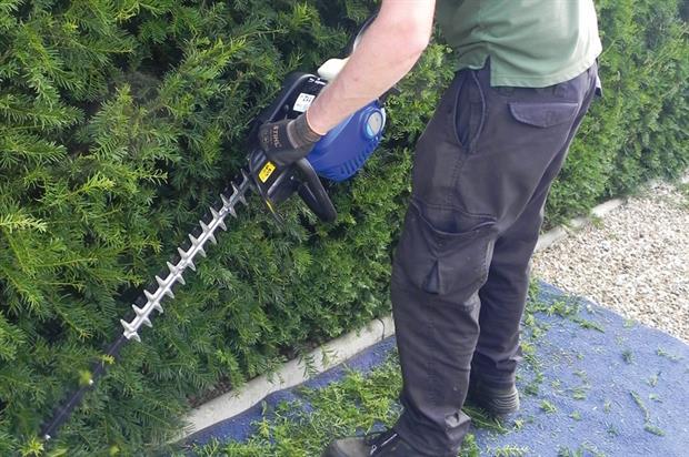 Hyundai HYT2622-II hedgetrimmer - image:HW