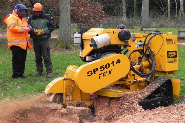 Carlton SP5014TRX stump grinder - image: HW