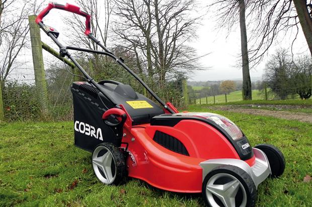 Cobra MX4140V - image: HW