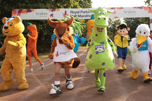 Chester the Squirrel et al practice their sprint finish ahead of the Royal Parks half marathon - image: Royal Parks