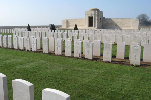 Rolawn turf at Mont Huon Military Cemetery - image: Rolawn