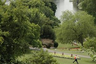 Richmond's Terrace Gardens scooped best park Pic: LBR