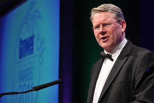 Peter Kendall speaking at the Grower of the Year Awards 2011 - image: HW