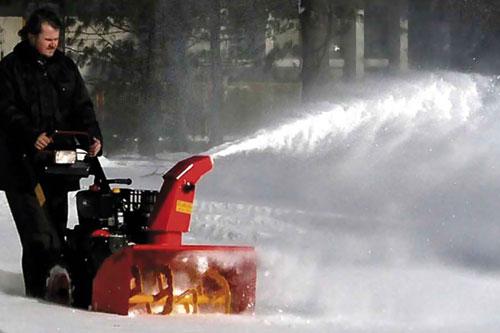 The Hotshot 1230 snow blower - image: Richmonds Wisconsin