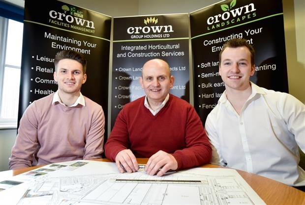 Emberton (centre) with apprentice Dominik Colbron (l) and former apprentice Richard Moss (r)