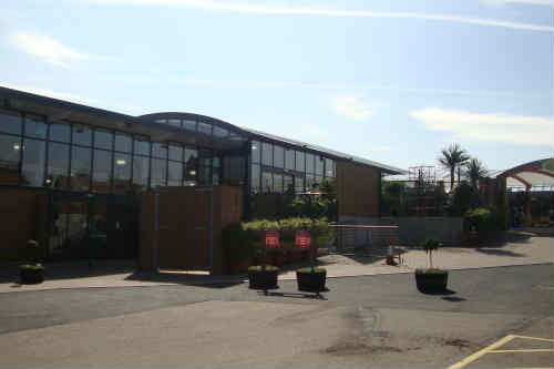Poplars Garden Centre - image: HW