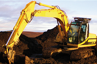 JCB JS - 160 excavating peat - image: FlickR/Duncan Brown
