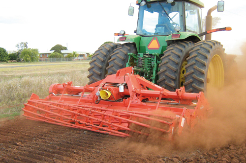 EL range: tractor-mounted power tillers feature reliability, long service life and minimal maintenance as key priorities - image: Kuhn Farm Machinery