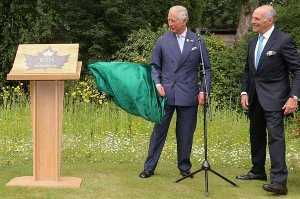 Prince Charles and Loyd Grossman at the Hyde Park launch of the new charity. Image: Royal Parks