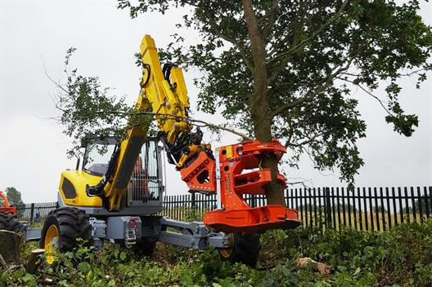 Ground Control tree removal in action. Image: Ground Control