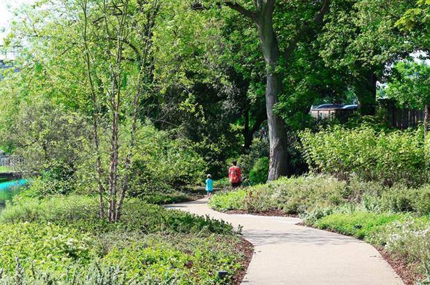 Water Gardens at Hemel Hempstead - image: HTA