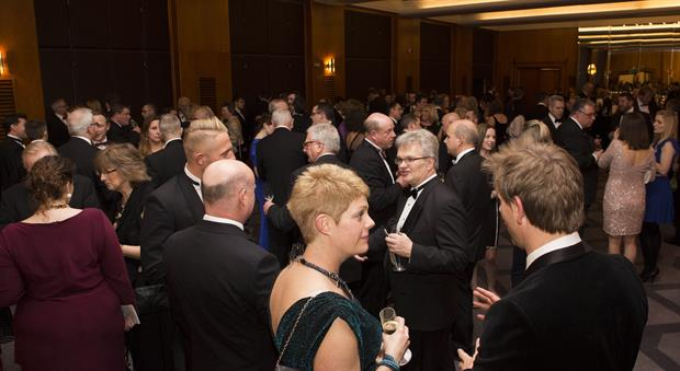 Finalists networking at the 2017 HW Awards pre-dinner reception