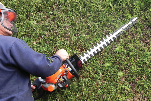 Using Hedge Trimmers 2018