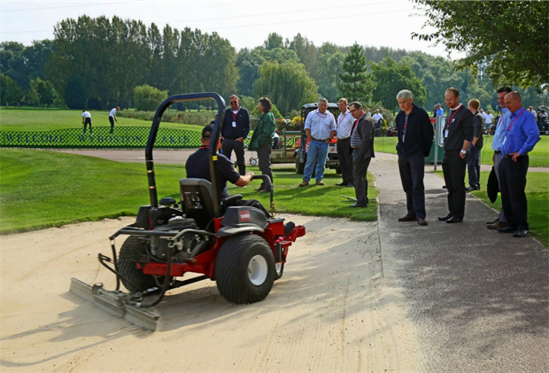 Testing in action at Turfcare Live