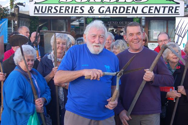 Daviid Bellamy (Conservation Foundation) and Chris Evans of Dundry Nurseries