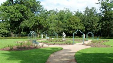Cliveden rose garden -National Trust/Meghan Doran