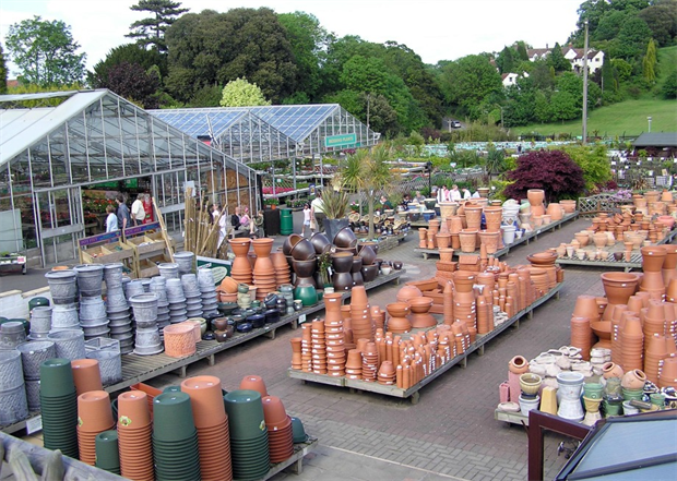 garden centres looking at online sales
