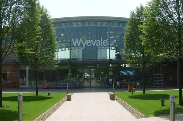 Boom In Pot Terras.Wyevale Garden Centres Sees Sales Boom As Interest In Buying The