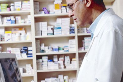An efficient dispensary should have shelves of drugs organised generically and alphabetically