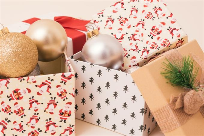 Recreating the serendipity of holiday shopping online