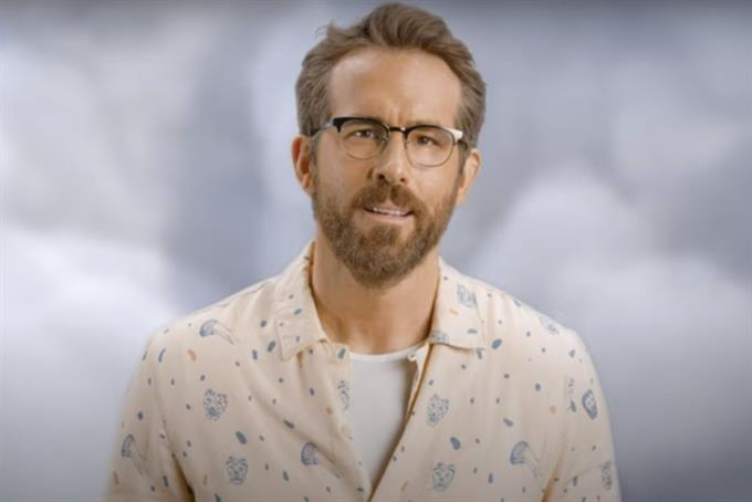 Ryan Reynolds warns people not to 'Aviation and Mint'