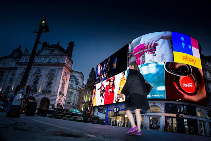 Piccadilly Lights switched back on with ultra-HD screen