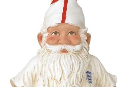 B&Q: England gnomes promotion