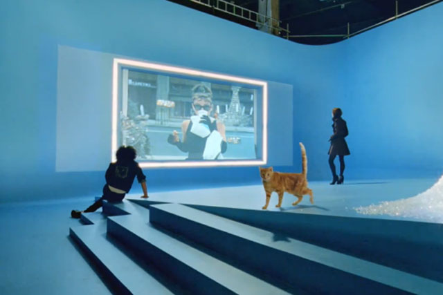 Renault: 'va va voom' TV campaign