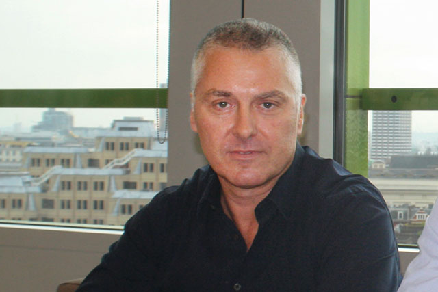 Simon Mathews