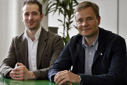 Adrian Rossi (l), Alex Grieve: joining glue Isobar