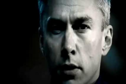Ultralase: Jonathan Edwards stars in 2008's TV ads