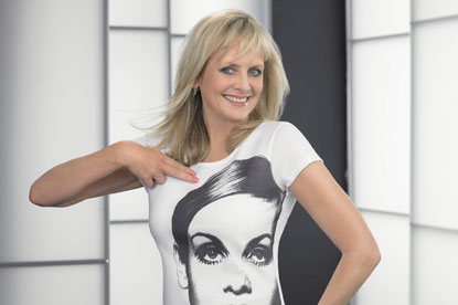 Twiggy... the new face of Olay Definity