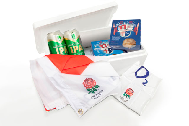 O2's rugby supporters pack