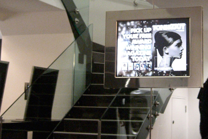 Tony & Guy digital screen: Hub Digital client