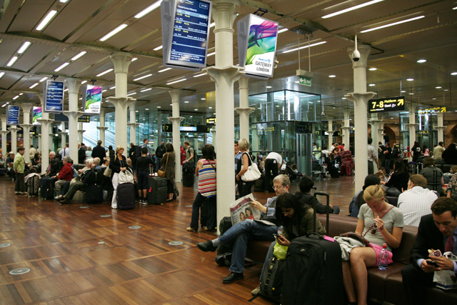 Eurostar: hires JCDecaux Airport for St Pancras task