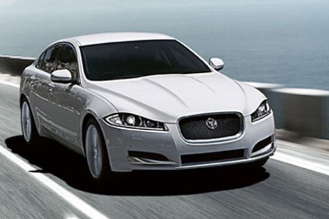 Jaguar XF: sponsors TalkSport activity