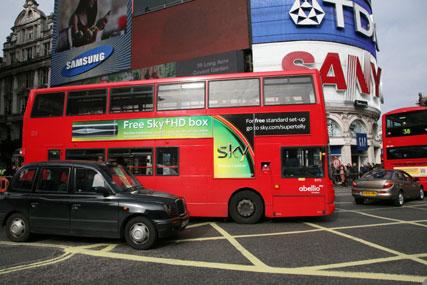 CBS Outdoor renews Abellio London and Abellio Surrey bus contracts
