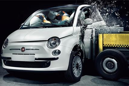 Fiat 500: city car's 2009 ad