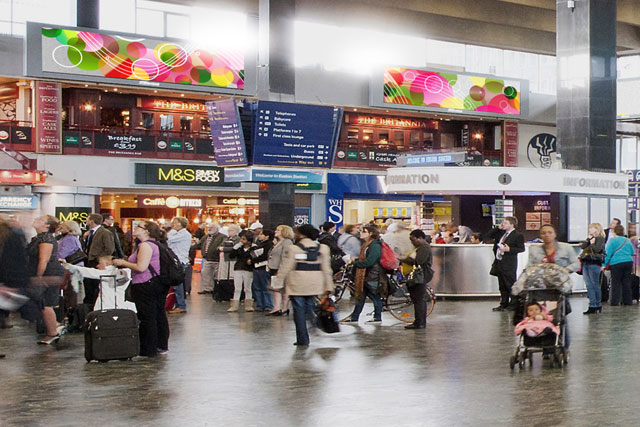 JCDecaux: upgrades rail advertising portfolio
